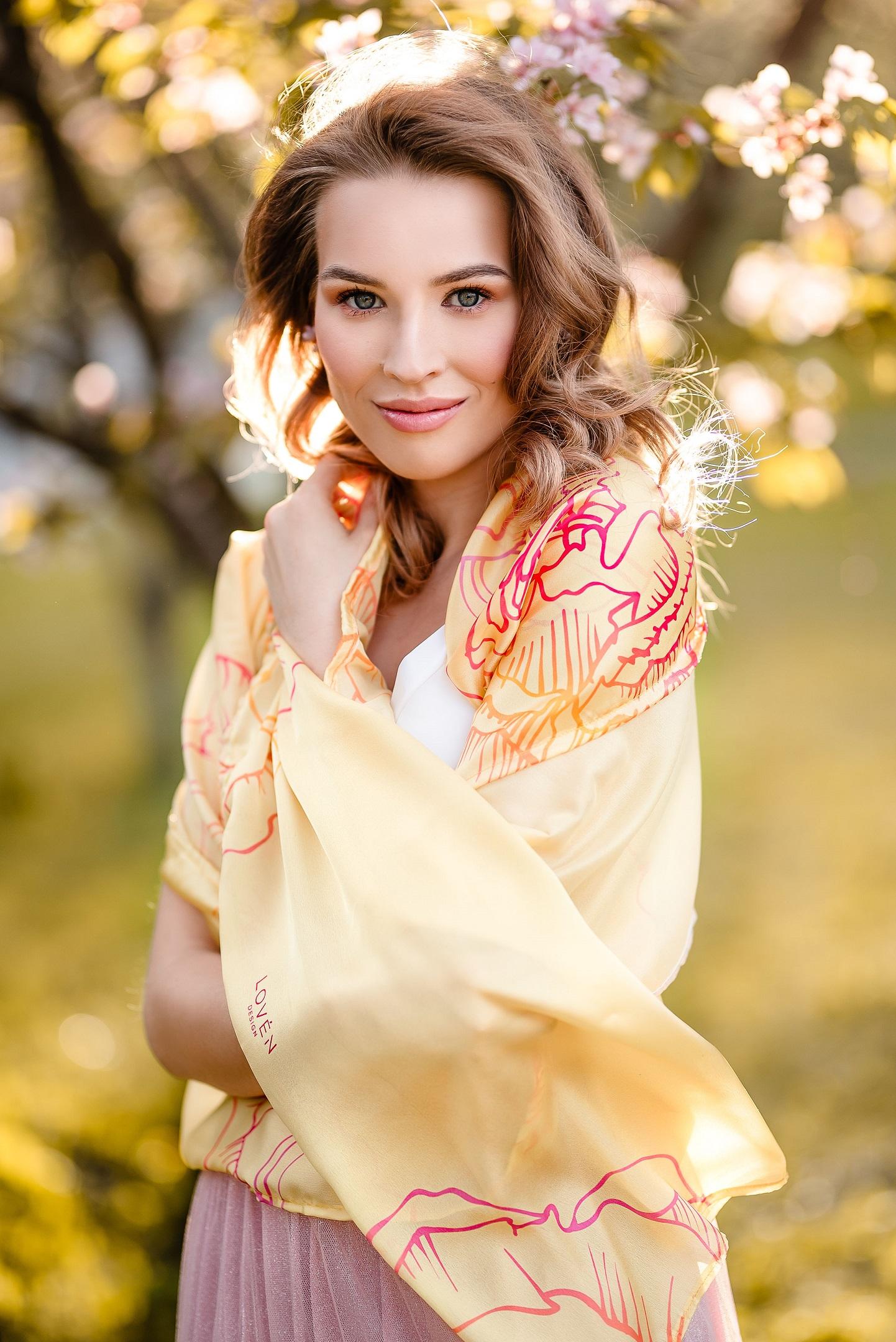 eco-friendly yellow scarf